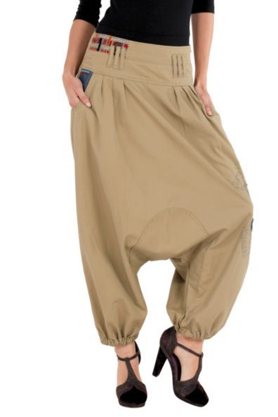 "Desigual often skirts the thin line between ""Ooh la la"" and ""OMG! That's awful!"" These pants fall into the latter category. These look like pants made for a morbidly obese man who'd die horribly in ""Se7en,"" only they're on a supermodel."