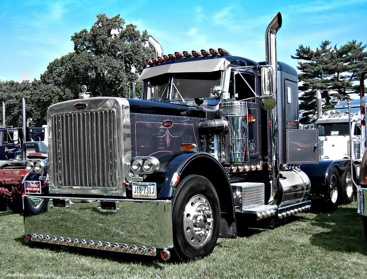 Peterbilt Truck Drivers And Trucks On Pinterest: 1979 Peterbilt 359 Black/Charcoal Color