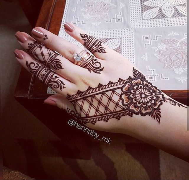 best 25 mehndi design images ideas on pinterest mehndi images mehndi art and henna art designs. Black Bedroom Furniture Sets. Home Design Ideas