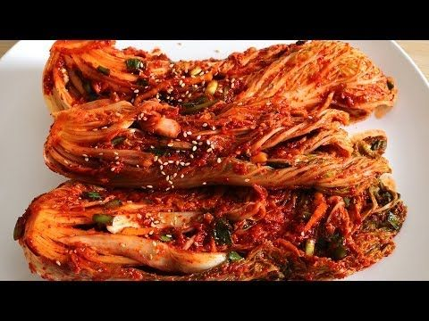 Traditional napa cabbage kimchi (Tongbaechu-kimchi) recipe - Maangchi.com