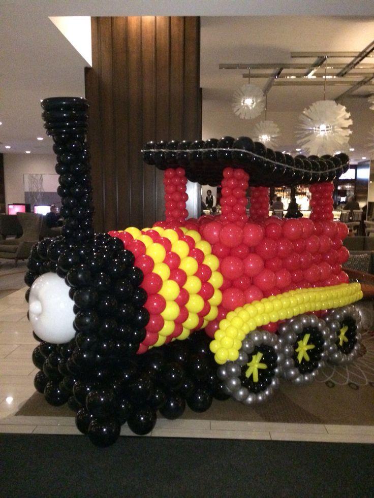 жаркое поезд из воздушных шаров фото одна самых
