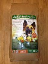 Piensos naturales para perros online de la mejor calidad en Odog.es, tu web de confianza para tí y tu mascota
