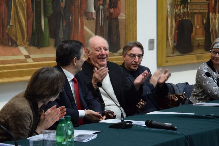 Il tavolo dei relatori con al centro il grande protagonista dell'evento: Dario Fo #art #pinacotecabrera #brera #milan
