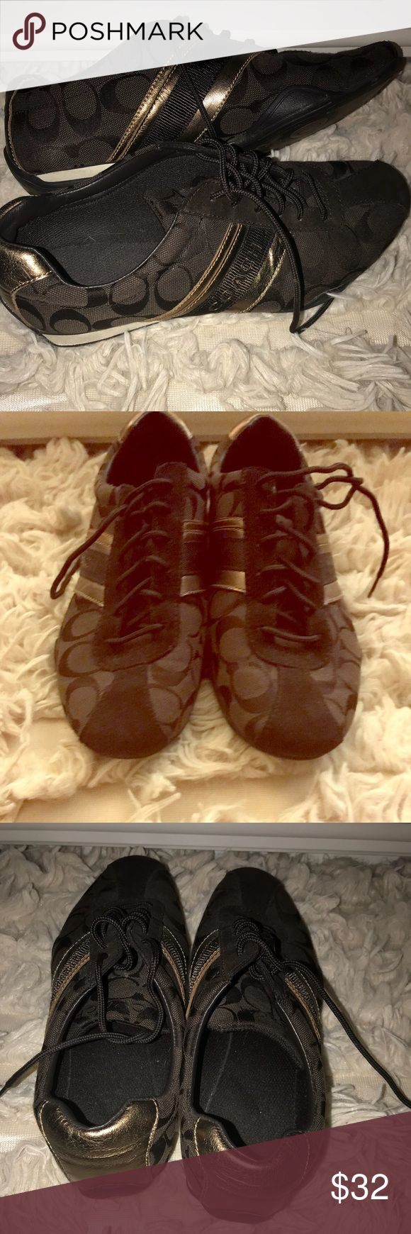 Coach shoes Signature Coach tennis shoes size 9.5 great condition Coach Shoes Sneakers