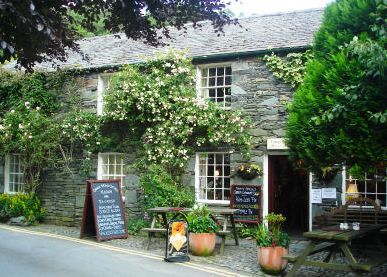 5 Tantalising Tea Rooms in the Lake District  Bridge Cottage teashop, Grange in Borrowdale #food #lakedistrict #cumbria