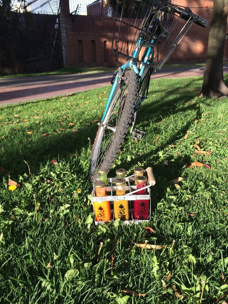 Bicicleta y Jugos. Bicycle and Juicing