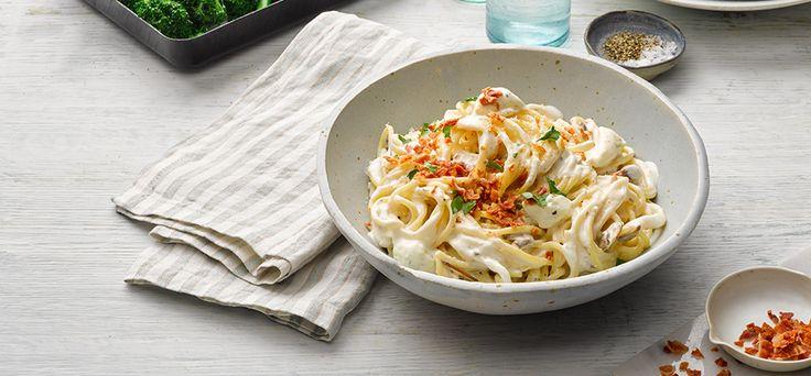 Philadelphia Recipe - Creamy garlic and herb Philadelphia pasta with crispy bacon bits