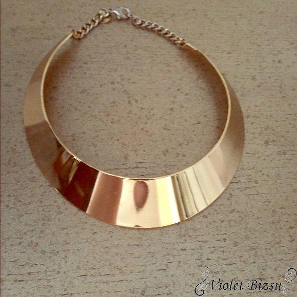 0a2b0894f7 Arany színű Kleopátra merev nyakék bizsu nyaklánc Merev nyakpánt arany  színű Gyönyörű nyakék nikkelmentes fém ötvözet