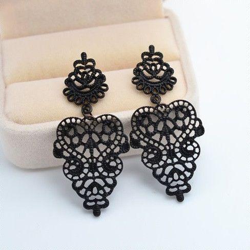 $8 Black Bohemian Geometric Heart Earrings
