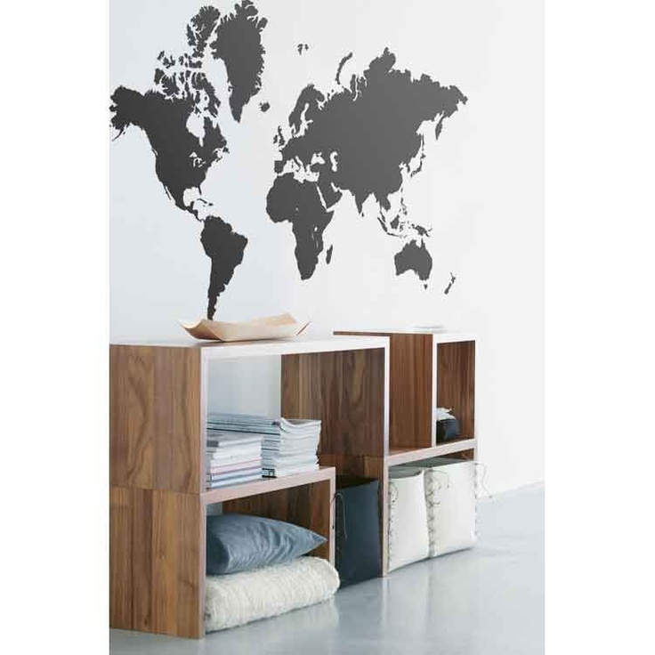 Verdenskart Wallsticker Ferm Living hos room21