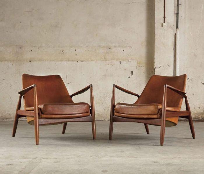 Zwei Ledersessel Braun Komfortabel Vintage Design