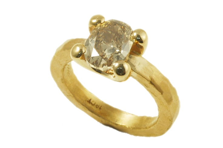 Yellow gold set with champagne colored diamond  http://www.topiaryandashe.com/