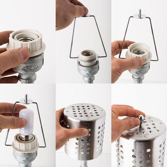 HISTOIRE de la PIPE de produire et de vendre véritable fait main style vintage industriel lampes tube  LAMPE DE BUREAU TUBE FER LB/PO2-12  -POINT DÉTAILS- * Dimensions: L 20cm X L 18cm X H 45cm * Poids : 3,8 kg * Tension : 12V 2 a * AC à DC Adaptateur convertisseur de tension : 12V 2 a pour 100-240 v * Ampoule : E26 12V LED 7W * Interrupteur : interrupteur ON/OFF * Délais: 2-3 jours   -SIL VOUS PLAÎT NOTE- Importer des droits, taxes et redevances ne figurent pas dans le prix de lobj...