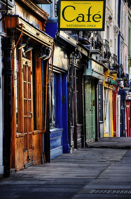 #CafeSociety - #London, Notting Hill   #colours Classic place for market finds and people watching.