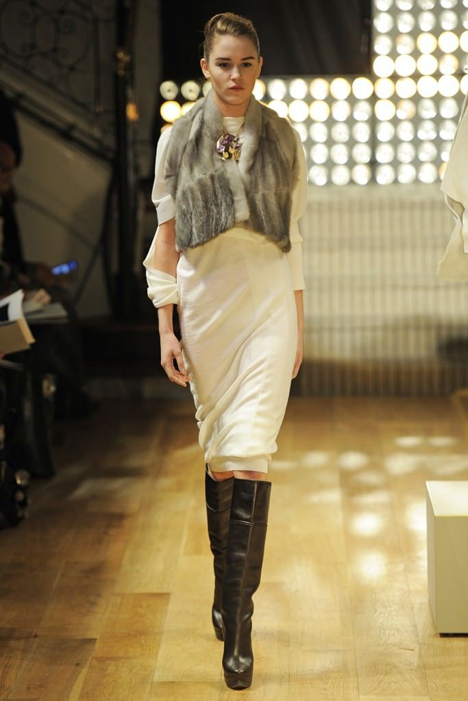 174 best images about hot brazilian fashion on pinterest for Couture vs haute couture