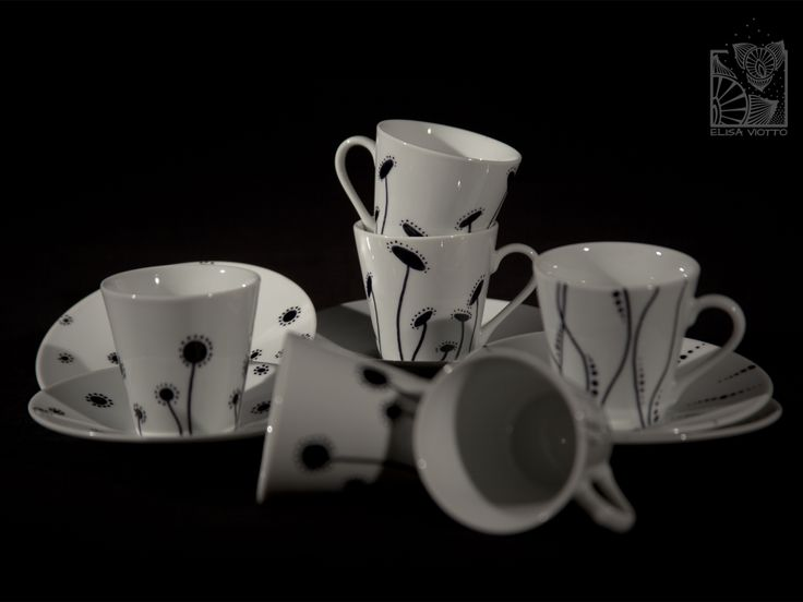 coffee cup hand painted by Elisa Viotto Arte