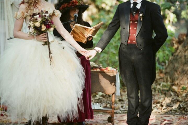 steam punk wedding dress when happy ever after does. Black Bedroom Furniture Sets. Home Design Ideas