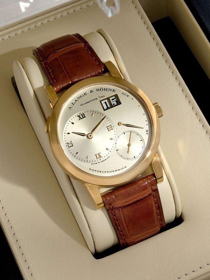 A. LANGE & SÖHNE LANGE 1, n° 159171, vers 2010 Belle montre bracelet en or jaune 18K (750). Bo