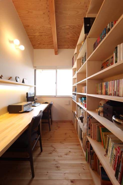 書斎: 青木昌則建築研究所が手掛けたアジア書斎&オフィスです。