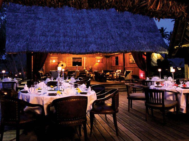 Elegant outdoor dining. Ratua Private Island, Vanuatu  www.islandescapes.com.au