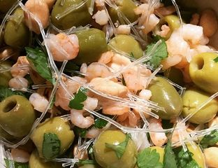 Un bo bun sans boeuf…nous dirons la recette d'une salade vietnamienne : le Bo bun aux olives très facile à réaliser #cuisine #recette #food