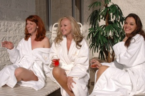How to plan a Spa Bridal Shower Party