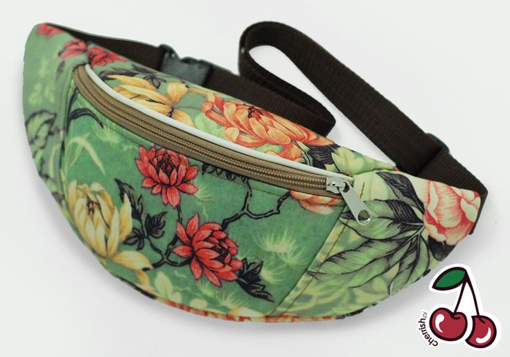 Green flowers Bumbag | cherrish