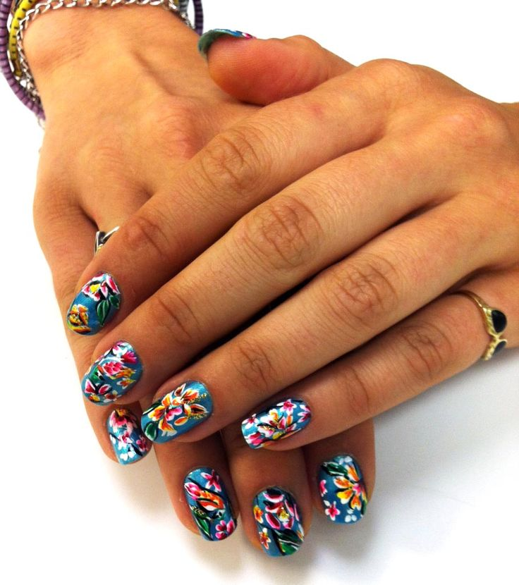 two stix in my bun | #nailart silk kimono/nicki minaj inspired