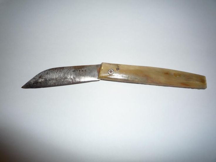 A quite rare , so-called 'Montpellier' sailor's knife by Muret from St Etienne. Probably from around 1800..