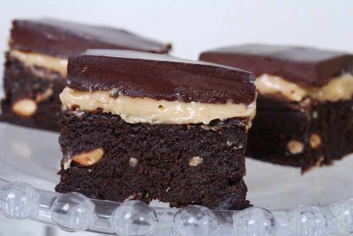 """Passion 4 baking """"Chocolate Peanut Butter Brownies"""