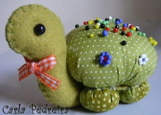 Turtle Pincushion. Site not in English but good pictorial step by step instructions and pattern for head and neck.