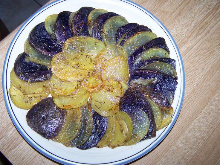 Potatoes Ana - Yukon Gold and Peruvian Purple potatoes -- Papas Ana - Papas Yukon y Peruanas moradas