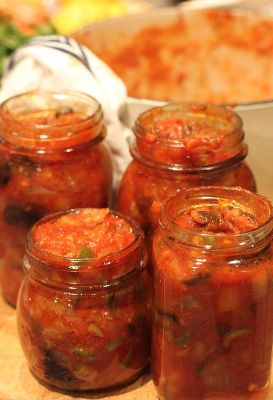 Buona Domenica: Caponata alla Siciliana (Sicilian caponata- eggplant preserve)