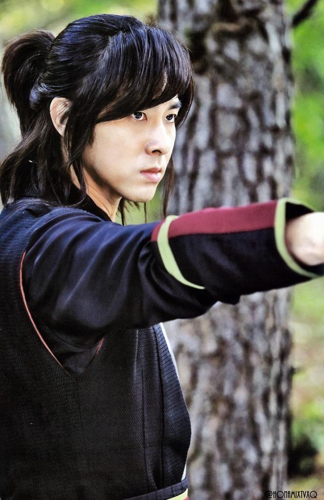 Yunho - Night Watchman