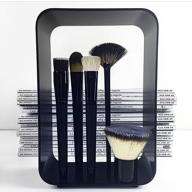@madelineloves has life worked out. Love the minimalist monochrome look of the TBX The Beauty Exchange makeup brushes and magnetic stands .  pic credit @madelineloves