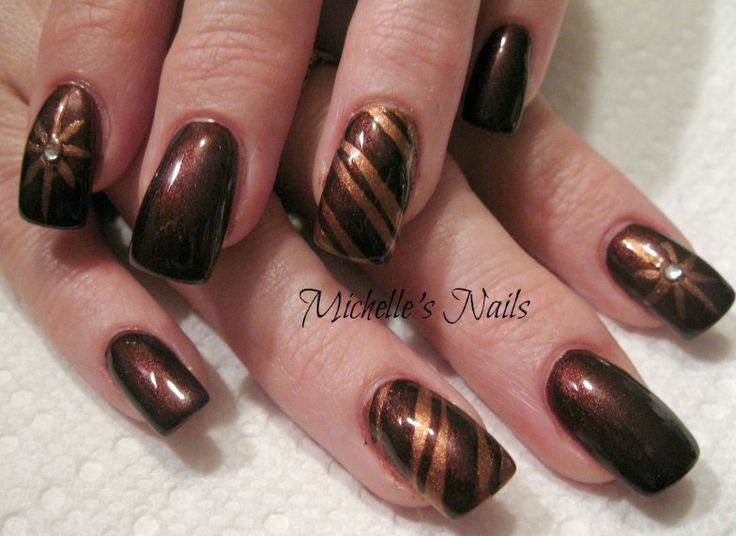 nails brown & bronze