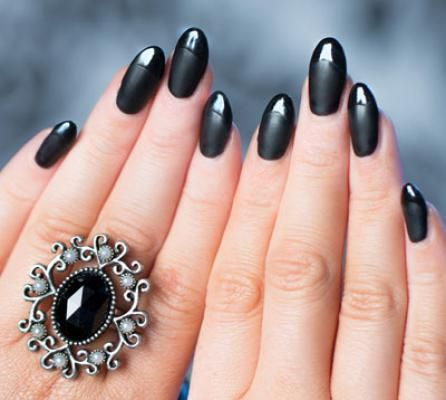 Classy yet demure, this nail shape affords you a wide nail surface to experiment nail art
