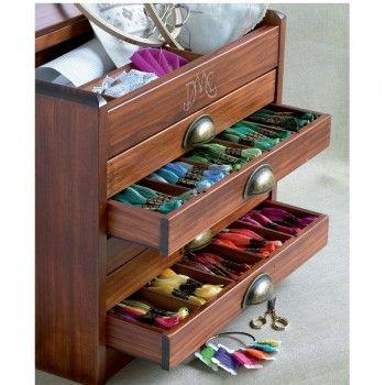 DMC+Vintage+houten+opbergbox+inclusief+465+strengen+DMC+borduurgaren.