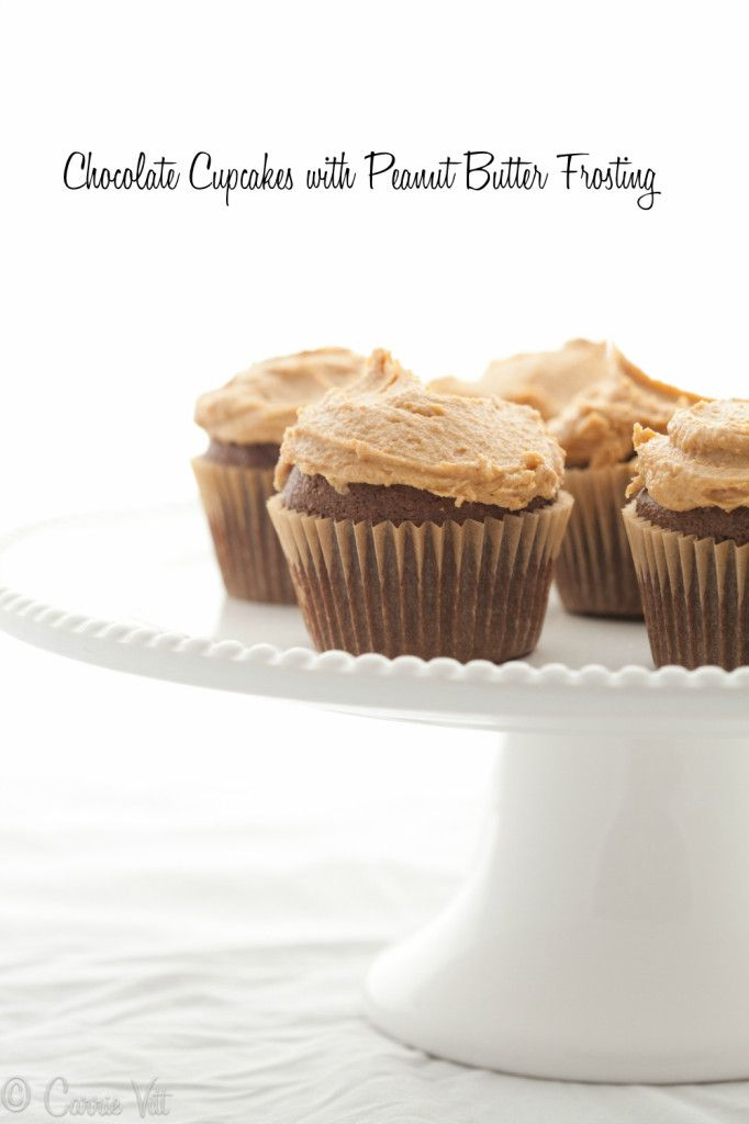 Chocolate Cupcakes with Peanut Butter Frosting (Grain-Free, Paleo ...