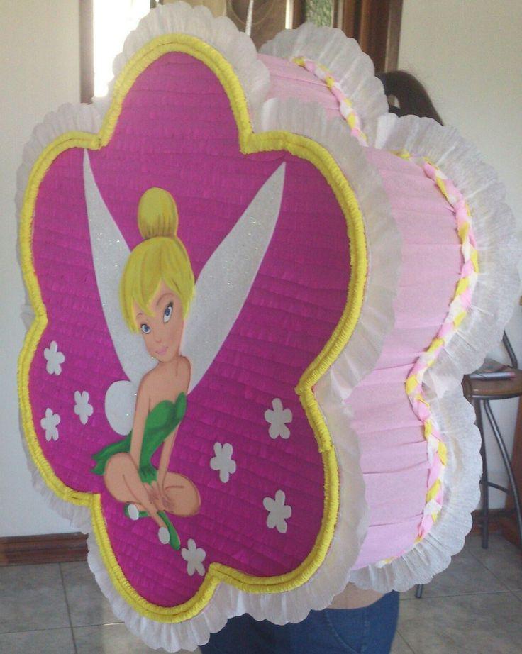 Piñata de tinkerbell con figura en foami  pintado a mano