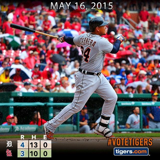 Miguel Cabrera crushes career homer No. 400, Jose Iglesias' go-ahead hit gives the #Tigers the win.
