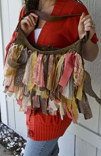 find crocheted or loose woven purse or tote, strips of fabric or ribbon, knot the strips ... fill in ///alternative ... use a plain tote and stitch or glue the strips in rows: Idea, Craft, Fabric, Bag Tutorials, Diy, Purses, Bags