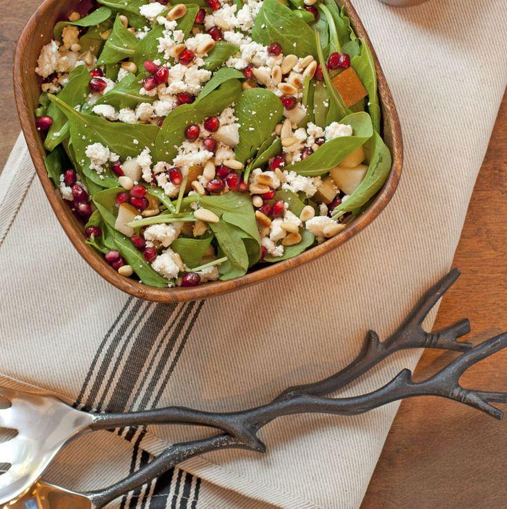 Arugula, Pear, Goat Cheese, and Pomegranate Salad | Plum Pie