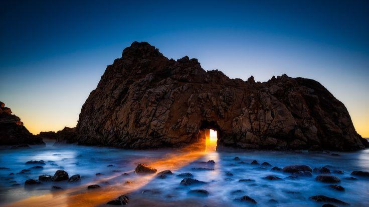 ファイファービーチ、ビッグ・サー、カリフォルニア州、アメリカ、岩、アーチ、海 壁紙 - 1920x1080