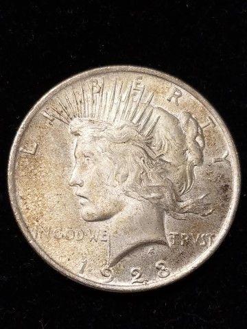 1923 silver peace dollar https://moundcityauctions.hibid.com/lot/30025102/1923-silver-peace-dollar/?sort=2&ref=catalog