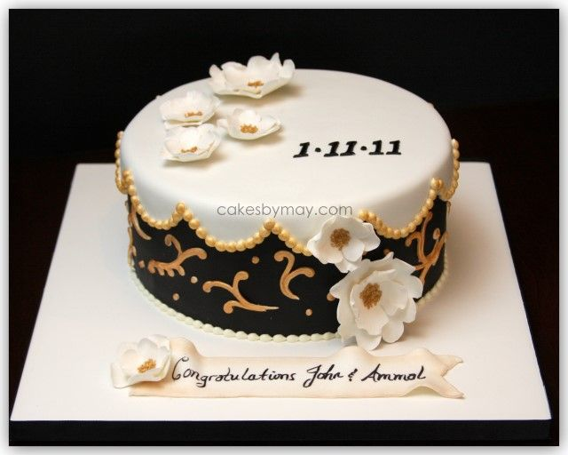 Black And Gold Wedding Cakes Wanted A Black White And Gold Cake This Cake Design