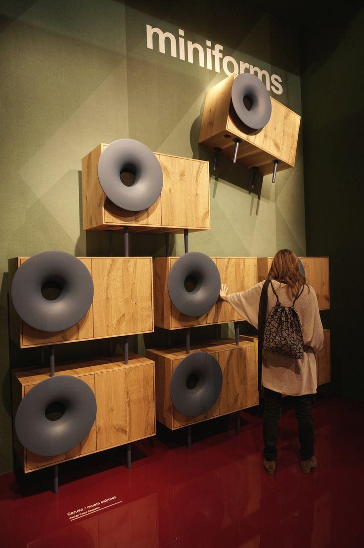 Instalacja @miniforms  na targach  Salone del Mobile w Mediolanie.    #isaloni2016 #isaloni16 #isalone #salonedelmobile2016 #salonedelmobile #mdw16 #mdw2016 #milandesignweek #music #design #regał #szafagrająca #głośnik #speakers #furniture #meble #miniforms