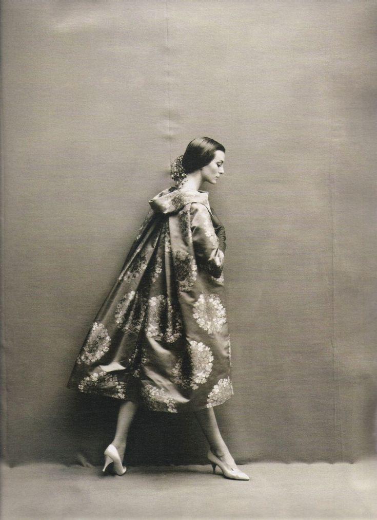 Harper's Bazaar, 1957 Photo by Richard Avedon Model: Carmen Dell'Orefice Trapeze Dress