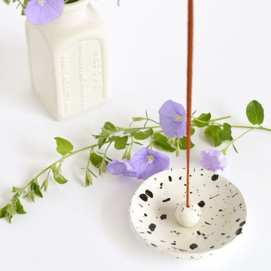 Make yourself a pretty and functional incense holder with this simple tutorial