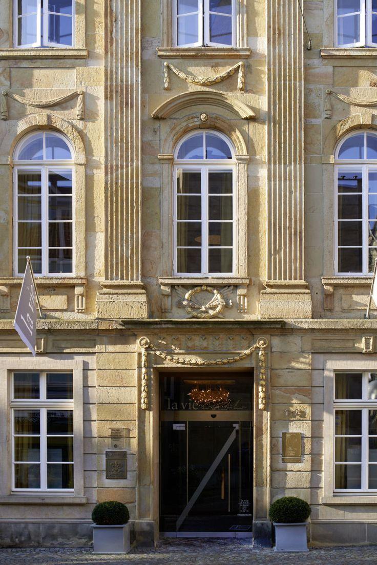 """""""La Vie"""" in einem klassizistischen Gebäude mit Denkmalschutz. -(Foto: Michael Holz)"""
